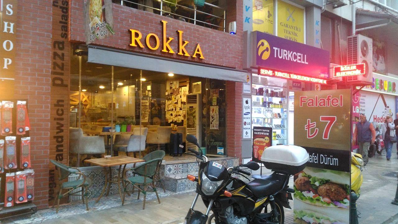 مطعم في انطاليا يقدم وجبات شرقية رائعة