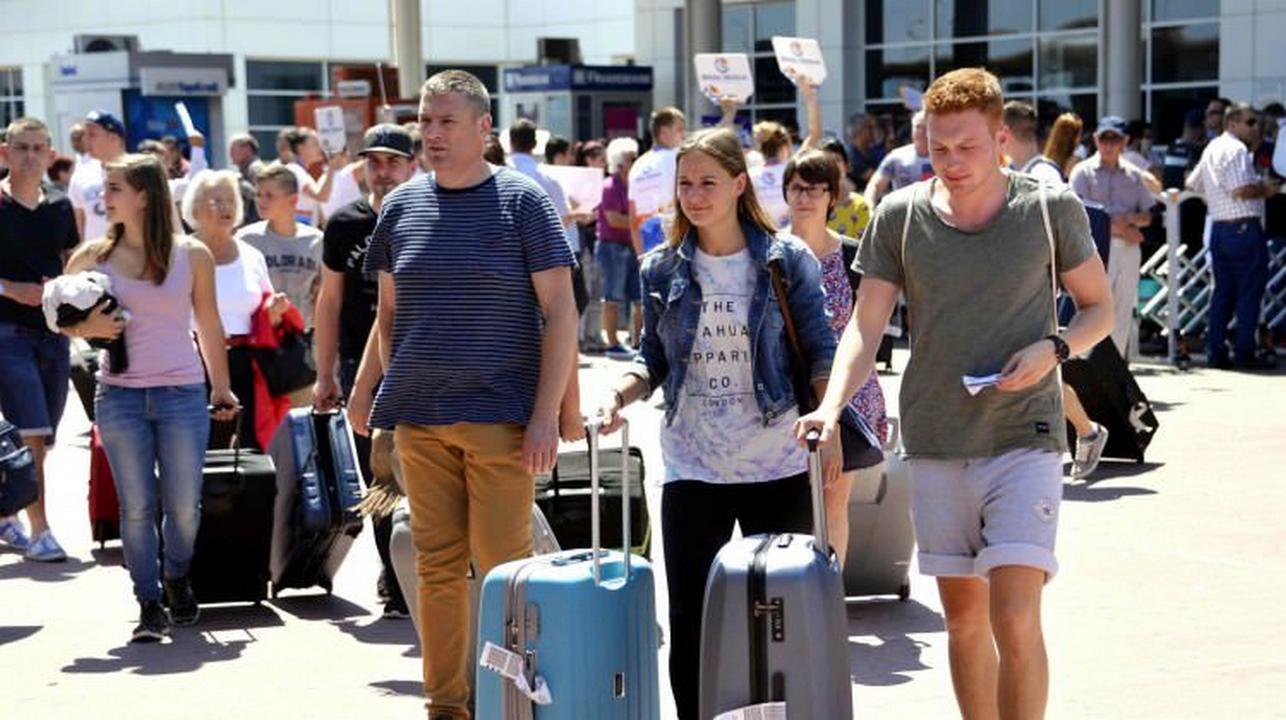 ارتفاع معدل قدوم السياح إلى أنطاليا بنسبة 175%
