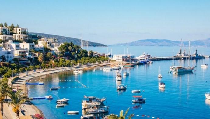 كم تبعد مدينة بودروم عن أنطاليا وإسطنبول