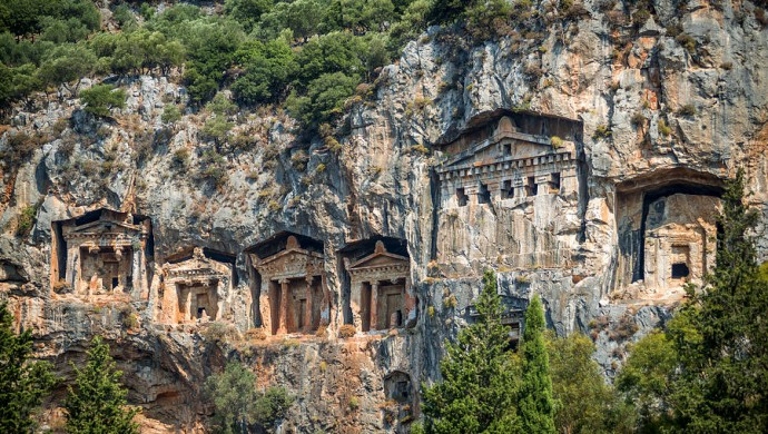 """ارتفاع عدد زوار  ودخل منطقة """"ميرا"""" الأثرية الساحرة جنوب تركيا"""