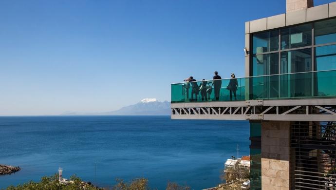 مصعد كاليتشي البانورامي