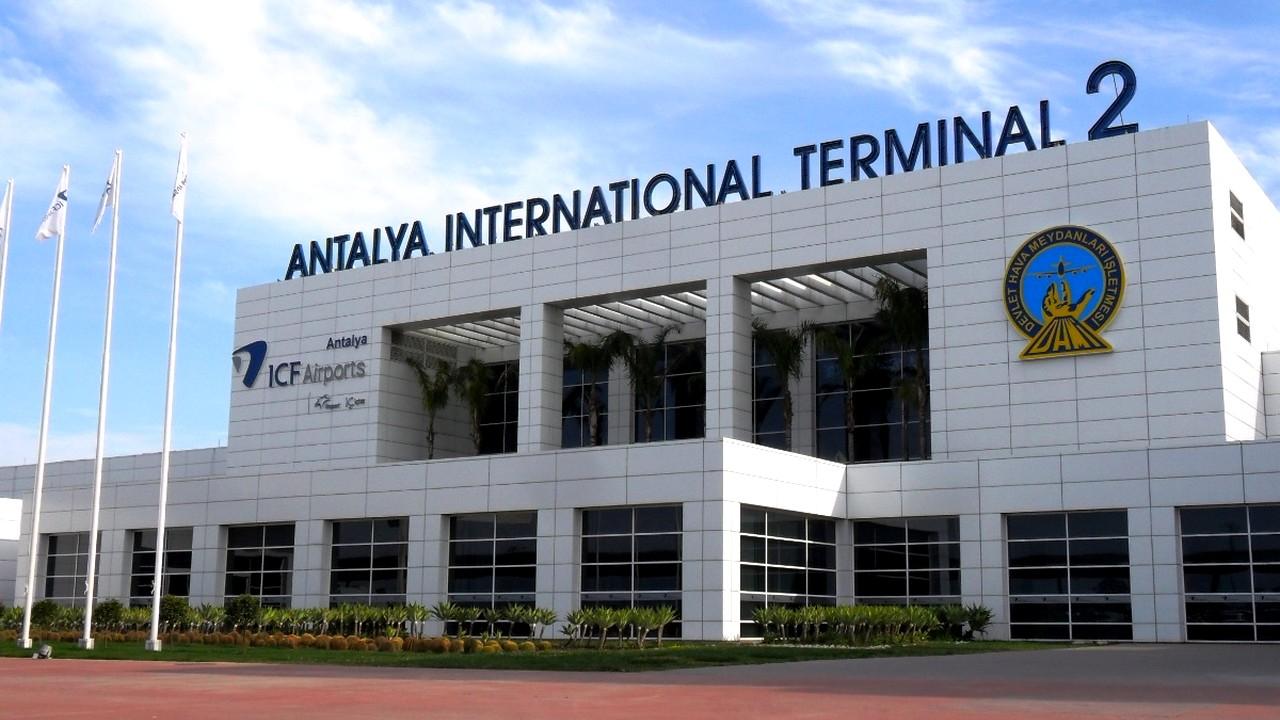 مطار أنطاليا الدولي